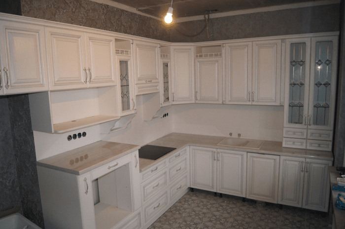 Классические кухни без патины