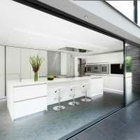 яркий дизайн кухни в стиле хай тек фото