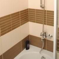 красивый интерьер ванной комнаты с душем в темных тонах фото