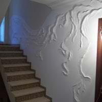 красивый дизайн коридора с барельефом фото
