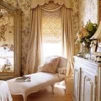 красивый полиэстеровый тюль в интерьере спальни фото