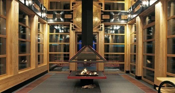 яркий дизайн кухни в японском стиле