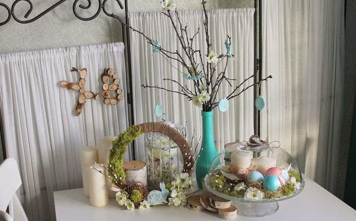 яркий весенний декор в дизайне коридора