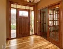 темные двери в интерьере кухни из дуба картинка