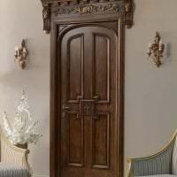 темные двери в стиле прихожей из ореха картинка