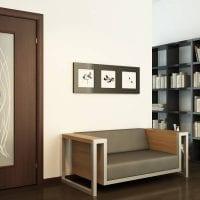 темные двери в дизайне спальни из ореха картинка
