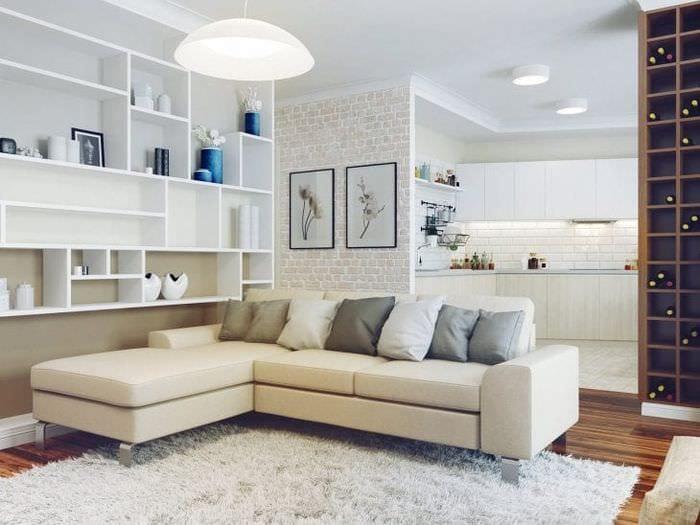 светлый угловой диван в дизайне спальни