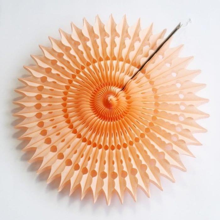 веер из картонки в дизайн кухни