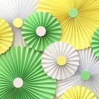 веер из бумаги в дизайн спальни картинка