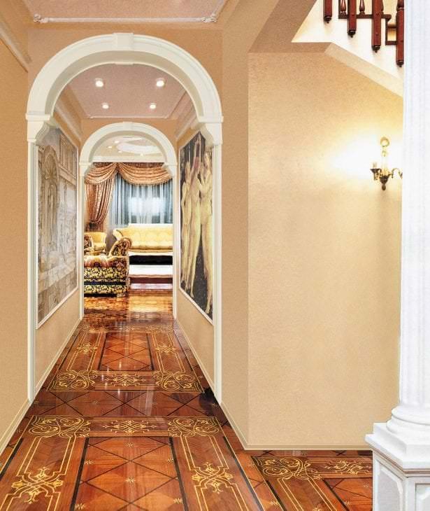 яркая арка в интерьере гостиной
