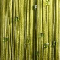 необычные шторы нити в стиле кухни картинка