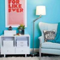 необычный декор квартиры в бирюзовом цвете фото