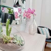 живые цветы в стиле гостиной картинка