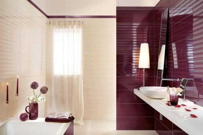 яркий бордовый цвет в декоре гостиной