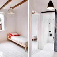 яркий дизайн коридора в шведском стиле картинка