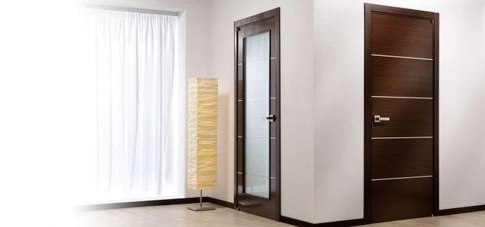 Межкомнатные двери цвета венге в интерьере квартиры фото