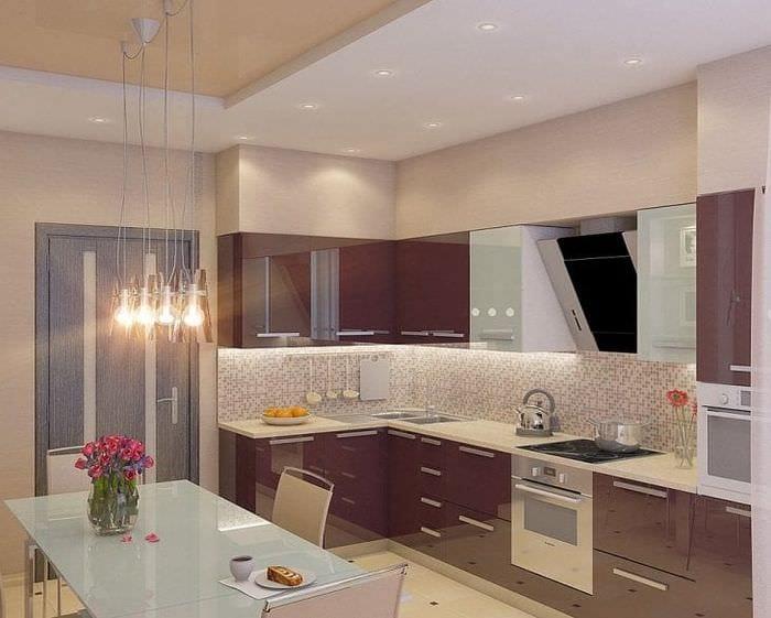 современный фасад кухни в фиолетовом цвете