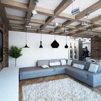 яркий дизайн квартиры в стиле лофт картинка