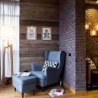 светлый дизайн спальни в стиле лофт фото