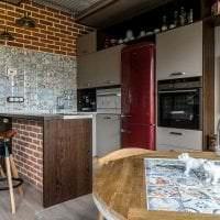 яркий декор квартиры в стиле лофт фото