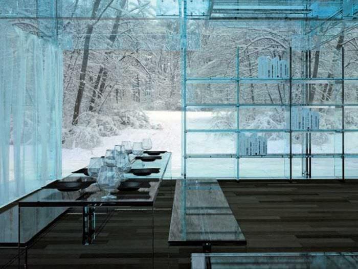 прозрачное стекло в дизайне кухни