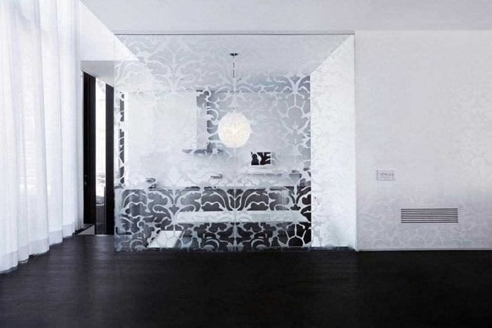 прозрачное стекло в стиле кухни