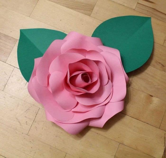 169Бумажная роза большая