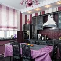 необычный декор кухни в фиолетовом оттенке фото