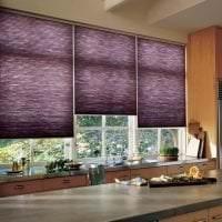 яркий интерьер кухни в фиолетовом оттенке фото