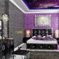 яркий стиль квартиры в фиолетовом цвете фото