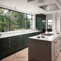 яркий интерьер элитной кухни в стиле классика фото