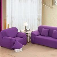 светлый фиолетовый диван в стиле прихожей картинка