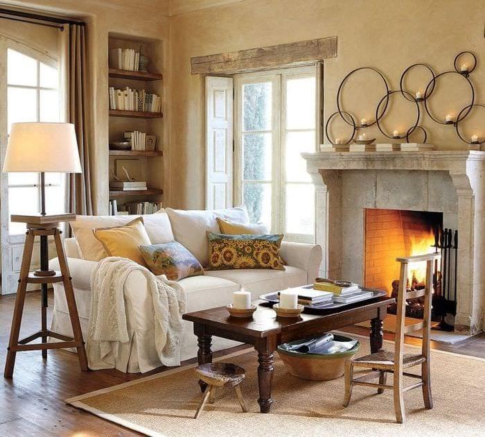 уютный светлый интерьер гостиной
