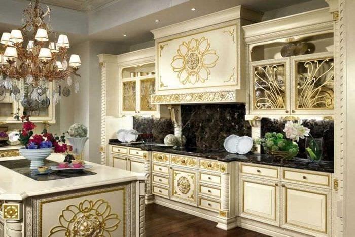 темный стиль элитной кухни в стиле классика