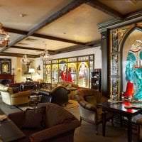 мозаичный витраж в стиле гостиной картинка