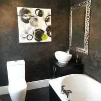 идея цветной декоративной штукатурки в интерьере ванной комнаты картинка