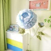 вариант шикарного декора комнаты бумагой картинка