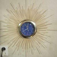 идея красивого украшения настенных часов своими руками фото