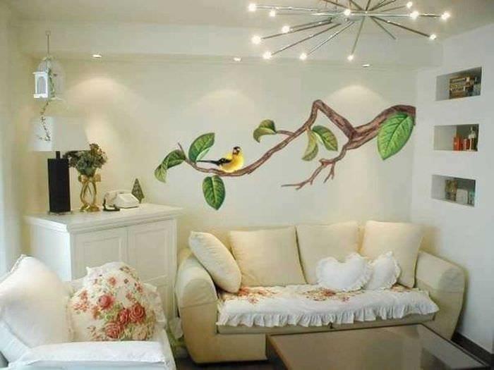 вариант оригинального декора гостиной комнаты своими руками