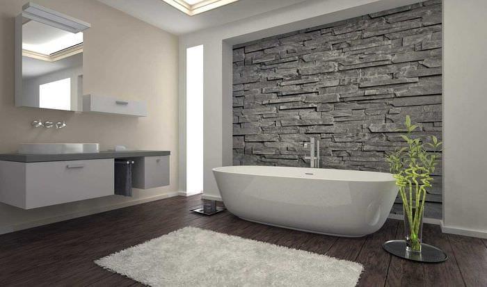 идея яркой декоративной штукатурки в интерьере ванной комнаты
