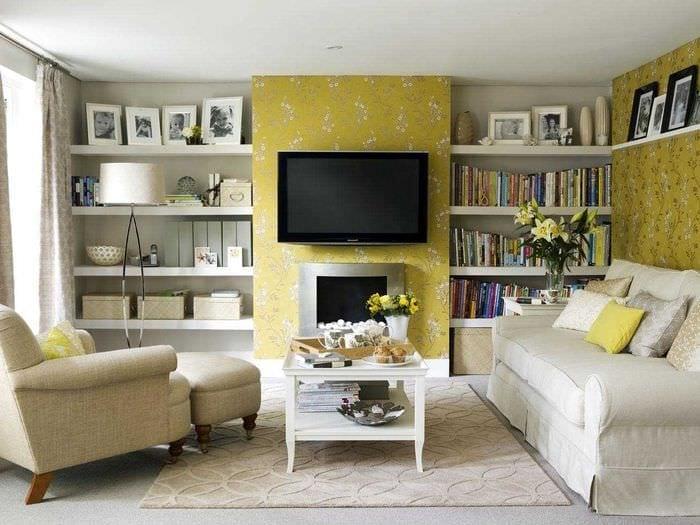 идея яркого украшения гостиной комнаты своими руками