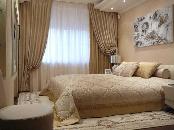 сочетание светлых штор в стиле квартире