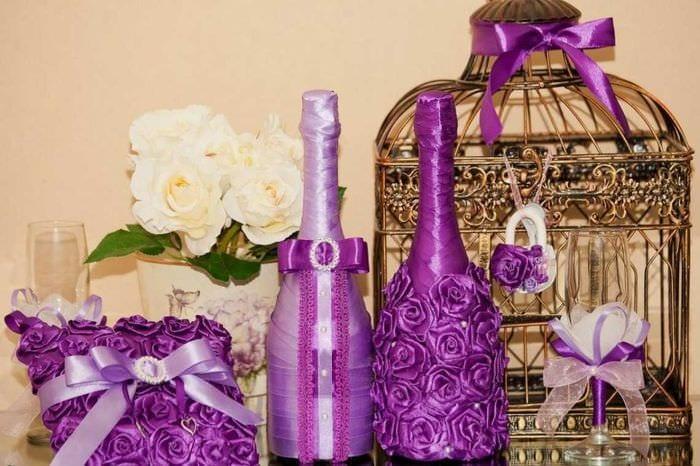необычное оформление бутылок для стиля квартиры