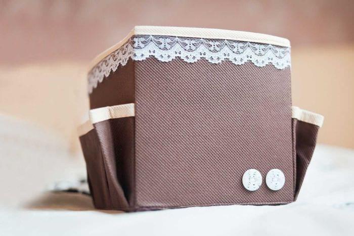яркое украшение коробок для хранения своими руками