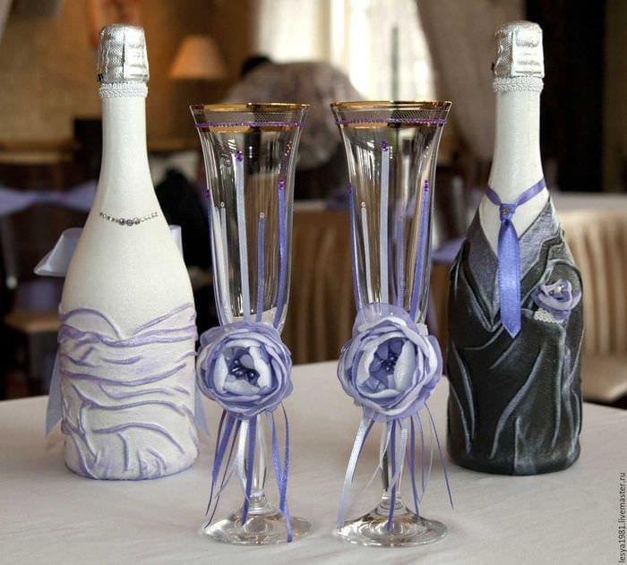 Как украсить бокалы и шампанское своими руками фото