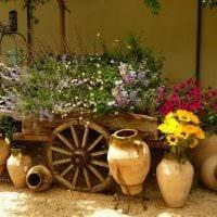 оригинальное оформление декора загородного дома цветами картинка