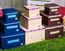 яркое декорирование коробок подручными материалами картинка