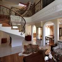 красивый интерьер квартиры в викторианском стиле картинка
