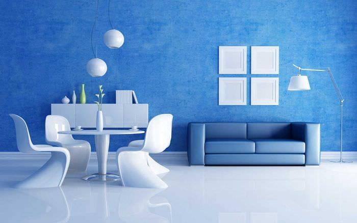 светлый декор спальни в голубом цвете