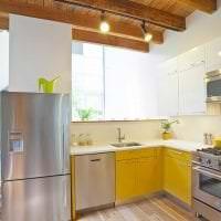 необычный дизайн гостиной в горчичном цвете фото